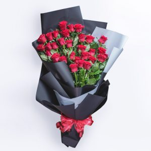 huge-roses-bunch-web